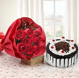 12 adet kırmızı gül 4 kişilik yaş pasta  Burdur çiçek , çiçekçi , çiçekçilik
