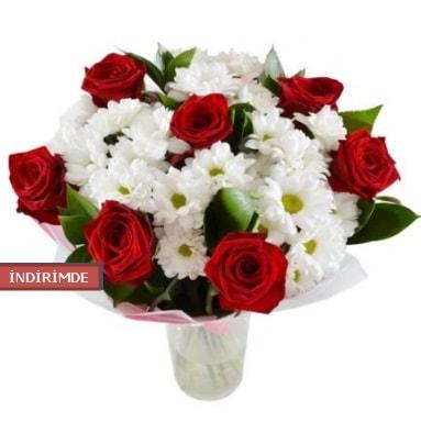 7 kırmızı gül ve 1 demet krizantem  Burdur çiçek gönderme sitemiz güvenlidir
